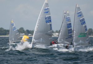 <b>Gold Cup 2009 - friday - 20 to 25 knots, big waves</b>