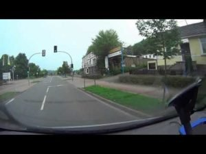 <b>ActionCam - 2013 -  besser als GoPro ? - BeastVision XHD  vs   Sony AS15</b>