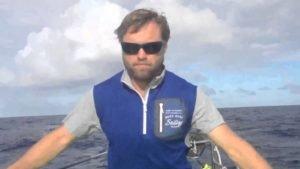 <b>Alex Thomson erklaert die Ursache des Mastbruches - 2015</b>