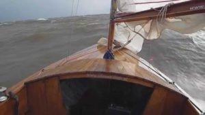 <b>Sailing extreme, Dragon to high speed,13.5 kn. Rio De La Plata</b>